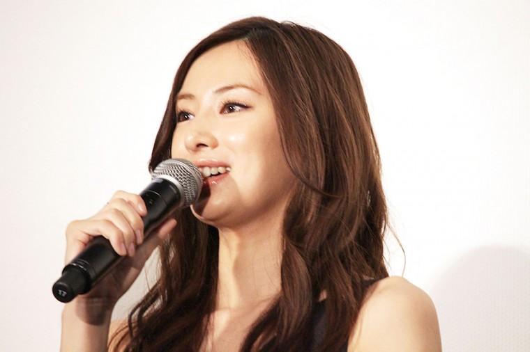 愛を積むひと 完成披露試写会 舞台挨拶 北川景子