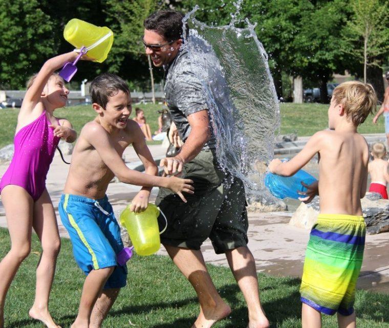 water-fight-children-water-play-child-summer-fun