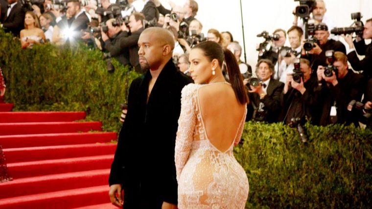 メットガラ ドレスをまとった美術館 キム・カーダシアン カニエ・ウェスト