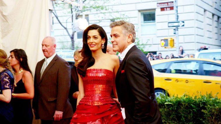 メットガラ ドレスをまとった美術館 ジョージ・クルーニー